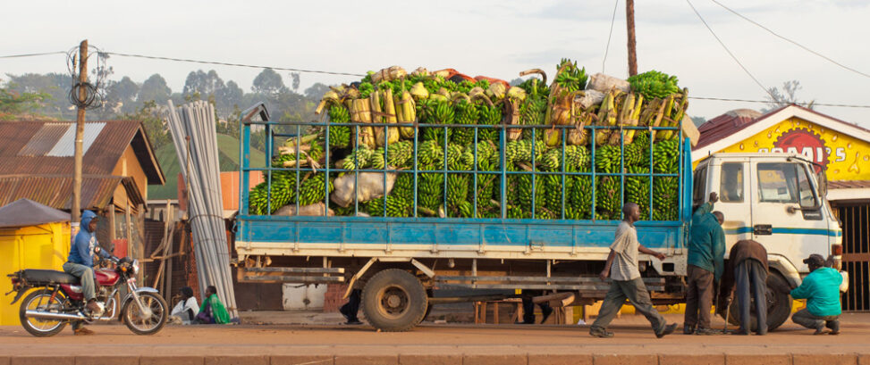 Uganda LKW mit Bananen